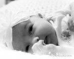 Baby H : Photography by Photokapi.com
