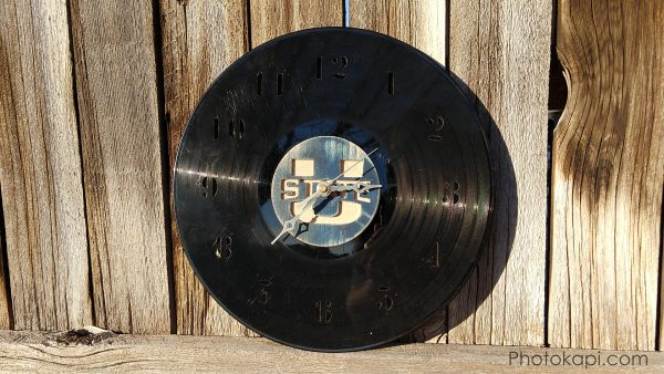 Making a Clock From a Thrift Store Vinyl Record | Photokapi.com