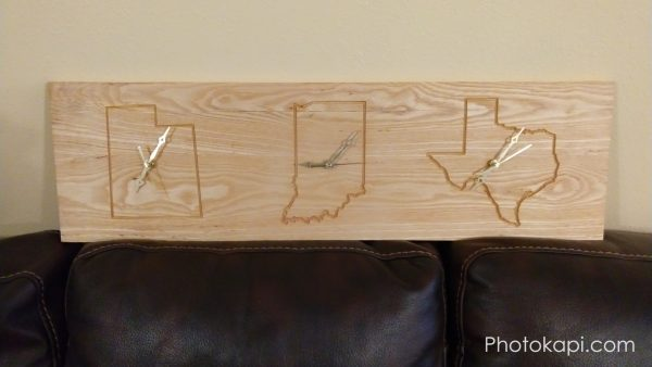 Three Time Zone Clock | Photokapi.com