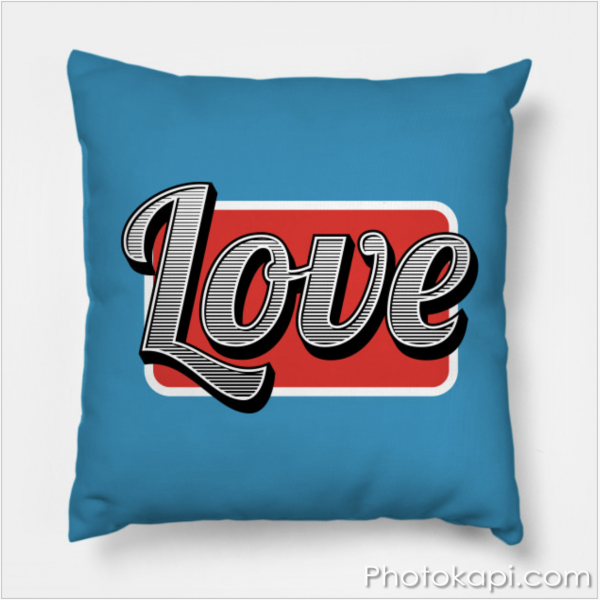 Love Pillow | Photokapi.com
